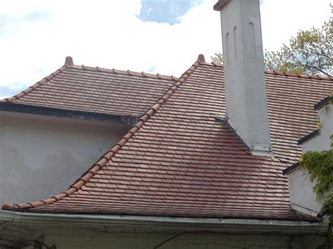 Tile Roof Cost and Pros & Cons   Clay Vs. Concrete Tile 2018