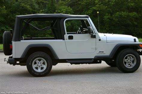 Jeep Premium Soft Top The Best Replacement Jeep Soft Tops The Jeep Guide
