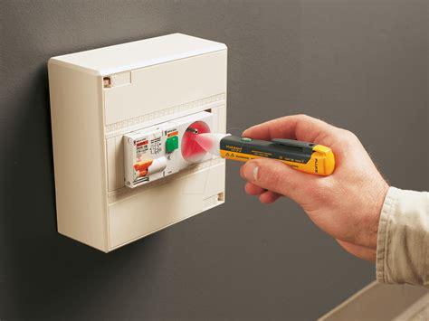 Fluke 1acii Volt Alert T1310 4 fluke 1ac e1 ii fluke 1ac ii voltalert at reichelt elektronik