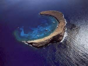 The crescent island in hawaii the molokini crater