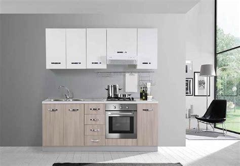 mobili da cucina italiana mobili da cucina italiana soggiorno visto dalla cucina