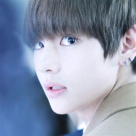 kim taehyung smile smile angst collegeau bts yoonseok jhope suga taehyung