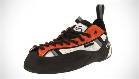best rock climbing shoe 10 best rock climbing shoes 2016 reviews buying guide