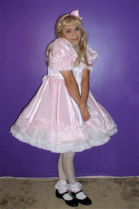 sissy boy school dress pink sissy dress by sierraromeo88 fabulous gurls
