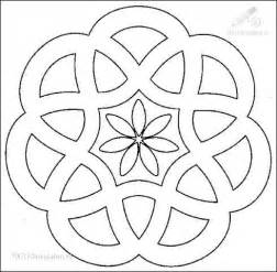 mandala coloring book a coloring book with easy and relaxing mandalas to color gift for boys tweens and beginners books best 25 easy mandala ideas on easy mandala