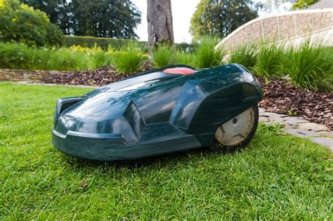 cool outdoor gadgets 10 cool outdoor gadgets that actually save you money saving advice saving advice articles