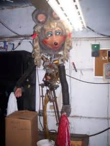 Mitzi mozzarella from the chuck e cheese animatronic band i imgur