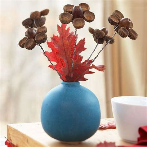 acorn table centerpieces bringing natural feel  simple fall decorating