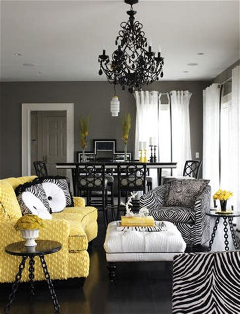 Yellow And Black Living Room Decorating Ideas by Amazing Yellow Living Rooms