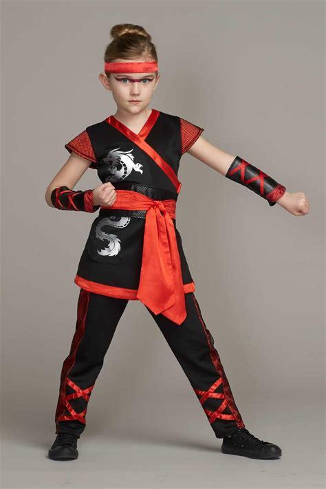 Kung Souvenir Dress Kartika Merah costume for chasing fireflies