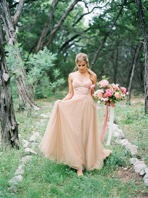 Backyard Wedding Dresses For Brides Yolancris News Outdoor Wedding Ideas The Duo Workshop