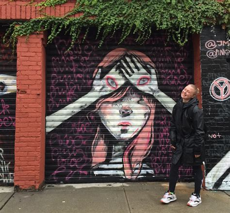 Steet Pink with russian artist yulia vanifatieva aka hula