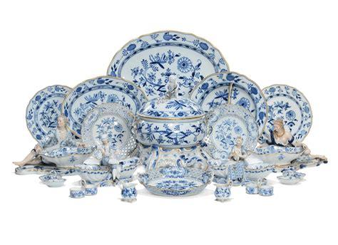 servizio tavola porcellana importante e ricco servizio da tavola in porcellana di