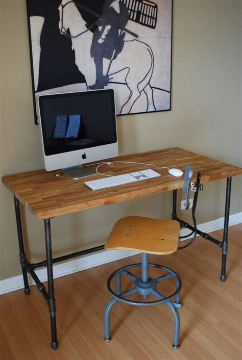 Industrial Desk With Oak Top And Steel Pipe Legs Diy Desk Pipe