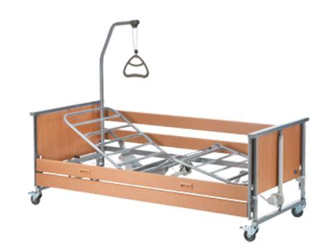 letti per disabili prezzi letto elettrico ortopedico con maniglia alza malati per