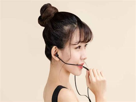Xiao Mi In Ear Headphones Pink Made With Swarovski Xiaomi Launches Affordable Mi Piston Fresh Ear Muffs And