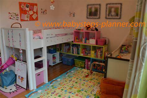 rangement jouet chambre enfant du rangements des jouets et autres r 233 flexions baby steps