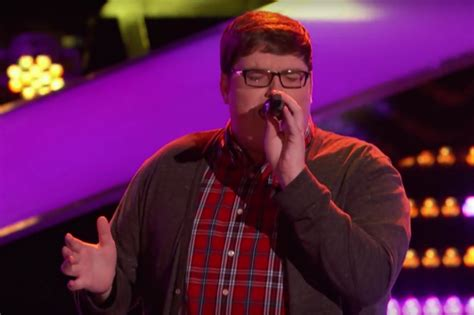 the voice 2015 premiere recap smith sings quot the voice smith steals the show on season 9 premiere with sia s chandelier idolator