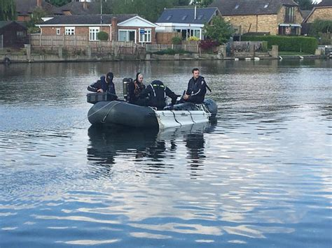 thames river users group body of missing hounslow man found in thames by specialist