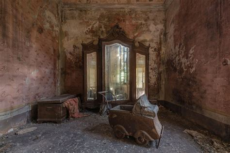 romain veillon abandoned buildings photography by romain veillon great