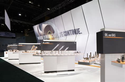 booth design bar mitsubishi exhibit at imts 2014 by catalyst chicago