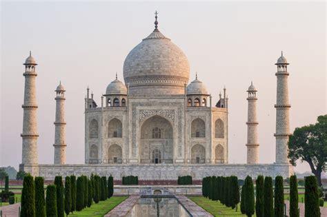 Tripod Mahal photographing the taj mahal