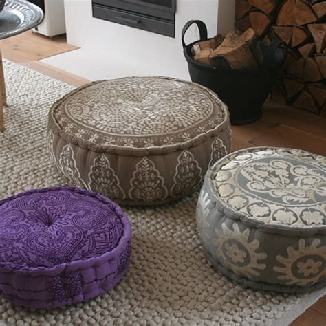 discount  poufs featured   blog  style files flickr