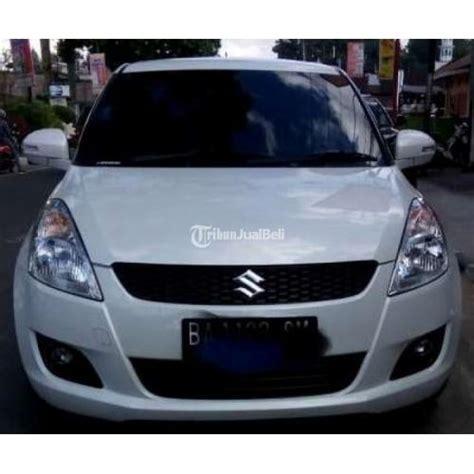 Lu Mobil Warna Putih Mobil Suzuki Tipe Gx Manual Warna Putih Tahun 2012