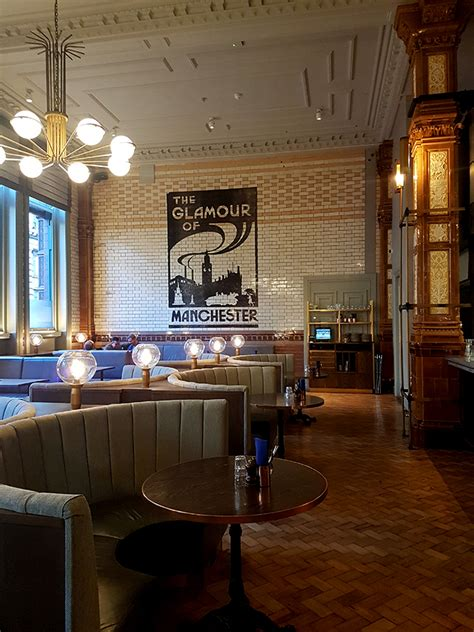 Dining Rooms Manchester by Get The Look A Visit To The Glamorous Refuge Manchester