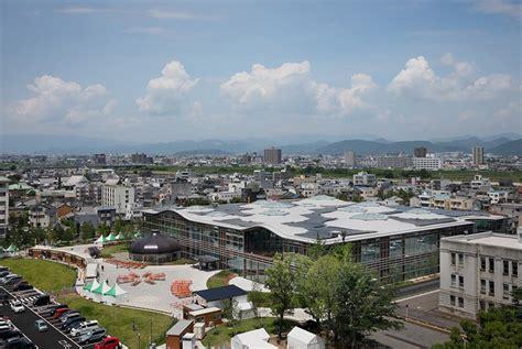 Solar Flood Light Toyo Ito S Gifu Media Cosmos Opens In Japan