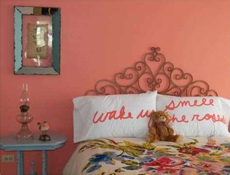 decorating with coral centsational style