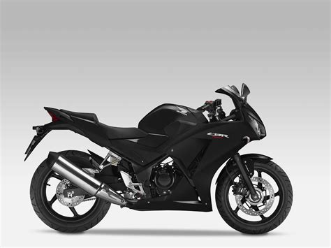 honda cbr 2014 model 2014 honda cbr300r replaces the cbr250r autoevolution