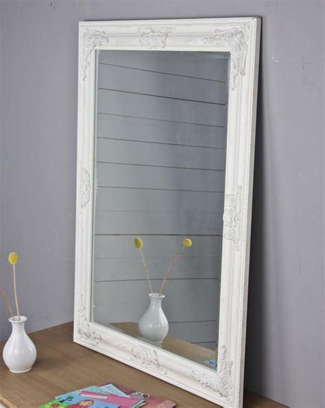 spiegel weiss holz spiegel antik spiegel antik weiss spiegel wei 223 antik 82x62 cm holz wandspiegel barock
