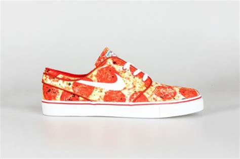 imagenes zapatillas nike janoski nike releases pepperoni pizza inspired trainers the nike
