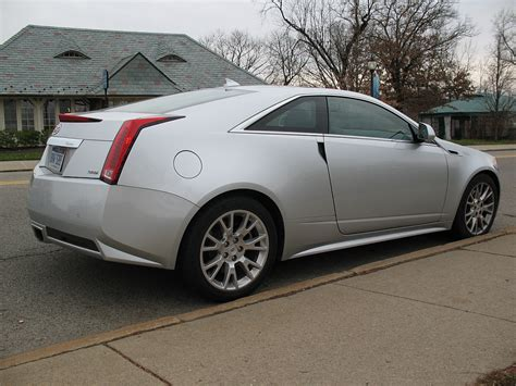 cadillac cts coupe reviews review 2011 cadillac cts coupe staff reviews