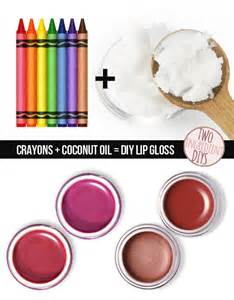 colors that make you sleepy tired of your lipgloss colors make your own using crayons 27 insanely easy two ingredient