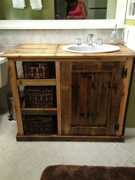 How To Make Bathroom Vanity 25 Best Ideas About Diy Bathroom Vanity On Redo Bathroom Vanities Diy Bathroom