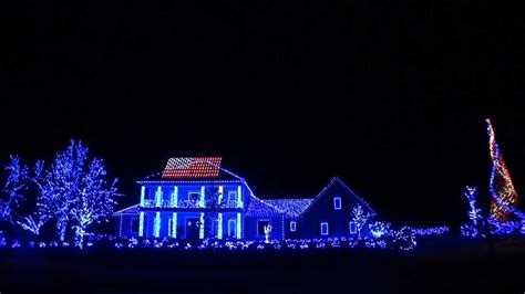 the most patriotic christmas light show you will ever see