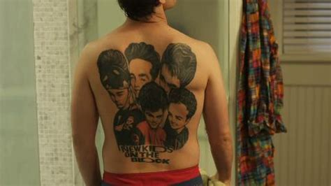 andy farley back tattoo video snl s andy samberg rocking out a new kids huge back tattoo