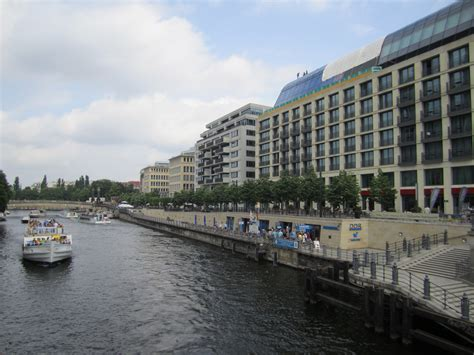The Weekly Spree by Berlin The Spree River La Citta Vita Flickr