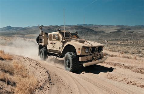 Humvee Replacement To Use Gm S Duramax Turbo Diesel V8