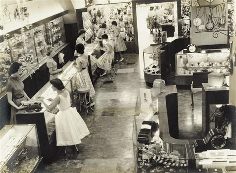 photo of the week shopping 1950s style slq today