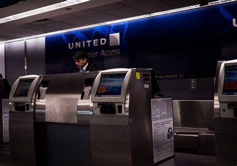 united airlines help desk she boarded a plane to see dying then