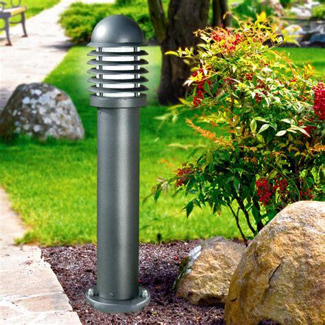 illuminazione solare giardino illuminare il giardino come illuminare sentieri e