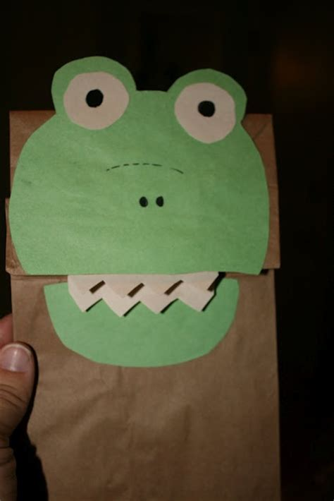 Paper Bag Crafts For Preschool - 17 best images about paper bag puppets on