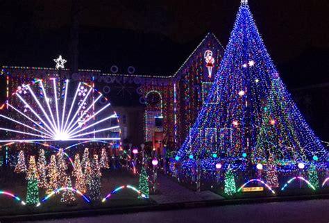 houston neighborhoods  homes  viewing holiday