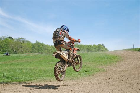 rent motocross bike uk enduro practice in the south east kent enduro events