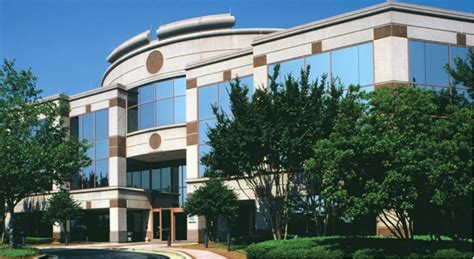 lincoln property co closes 2 leases in atlanta area