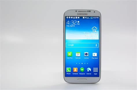Samsung Galaxy don t buy the samsung galaxy s4 right now