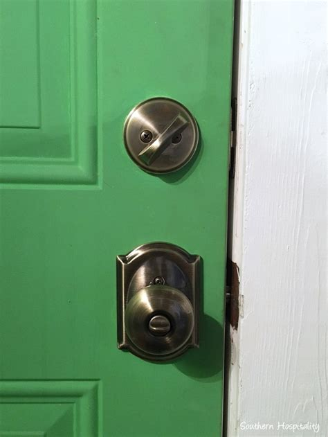 Schlage Door Knob Locks Me Out by New Doorknobs Locks From Schlage Southern Hospitality